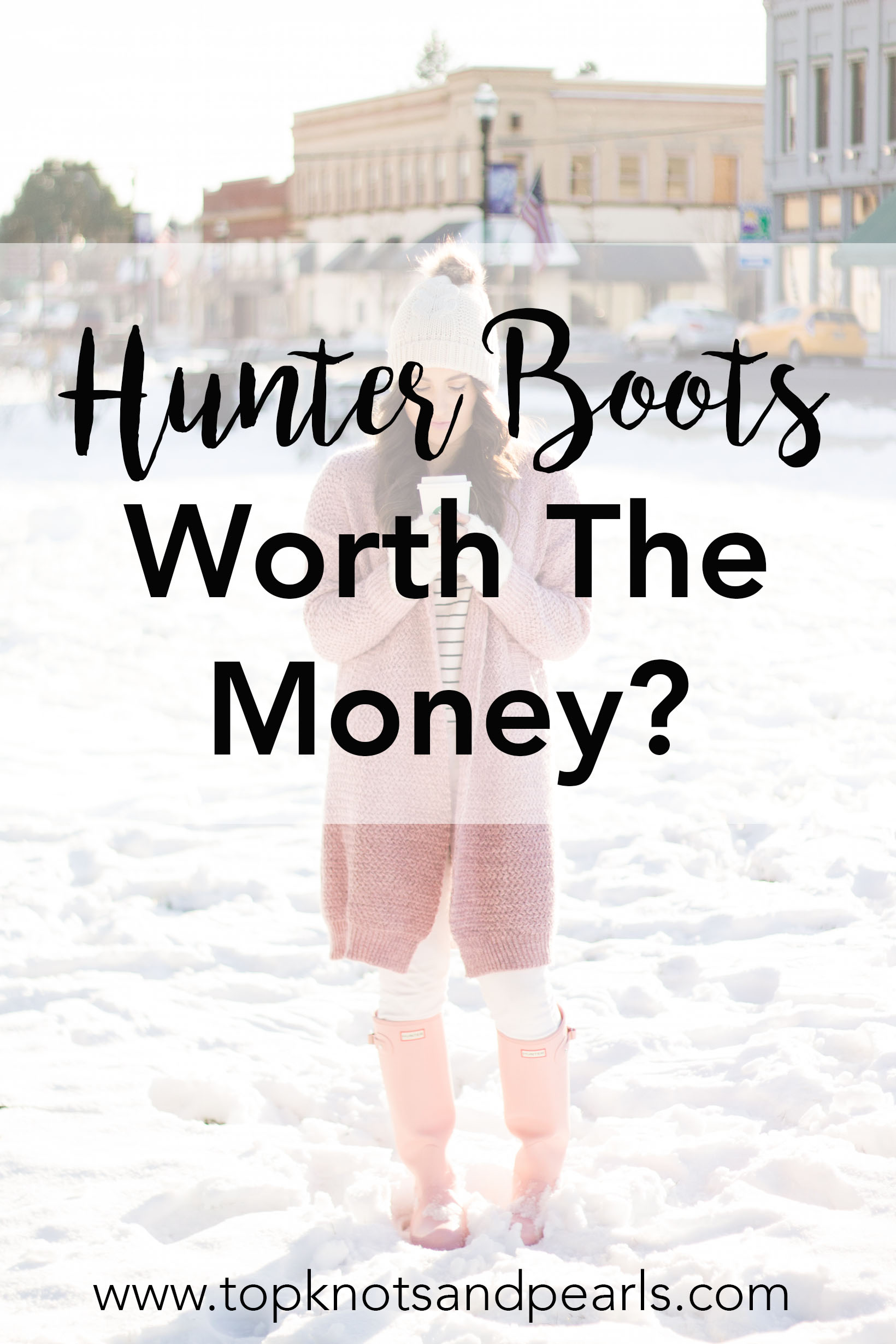 After owning my Hunter boots for over a year I am spilling the good, the bad, and the ugly on the blog.