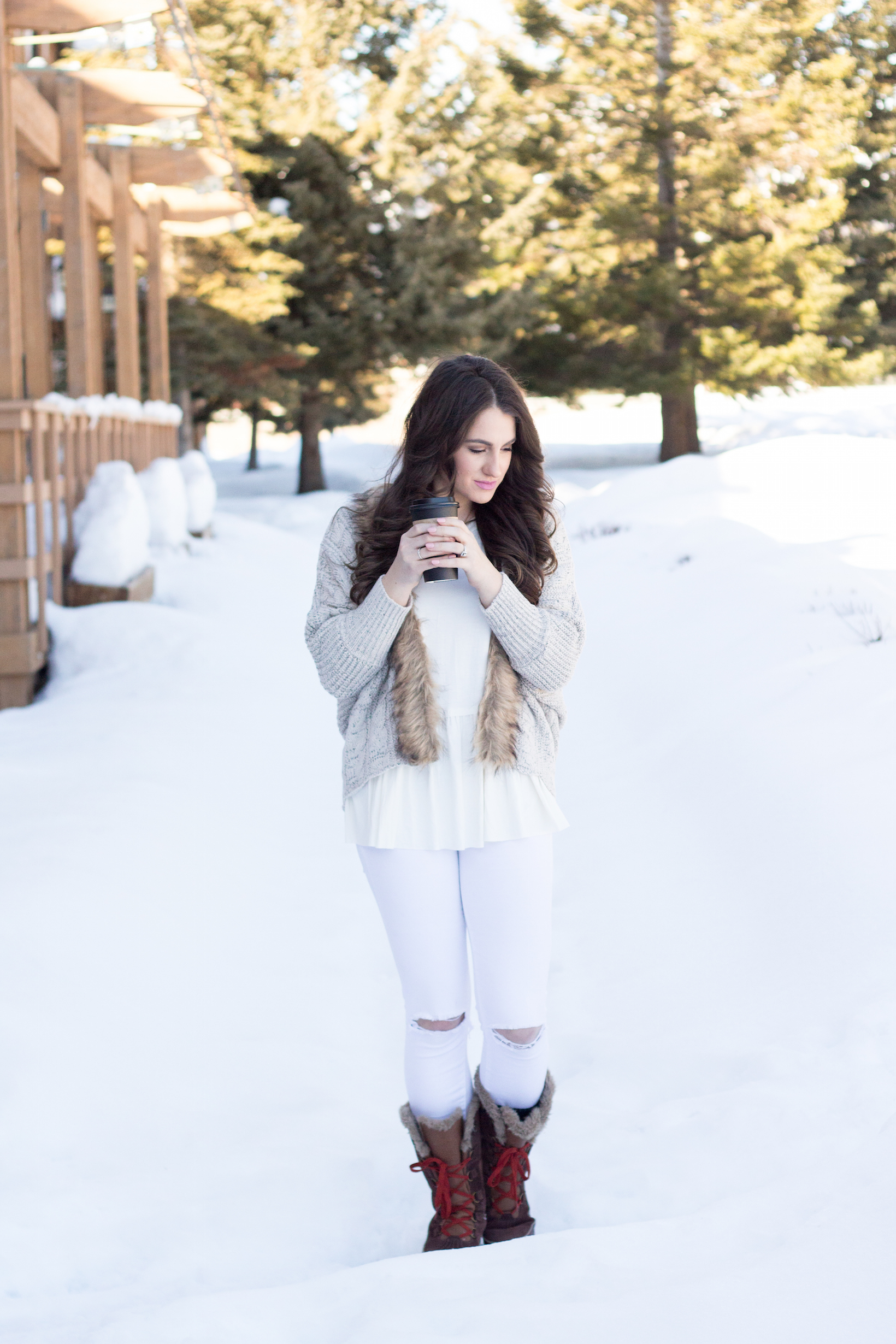Style tip to stay CUTE and COZY in the Winter.