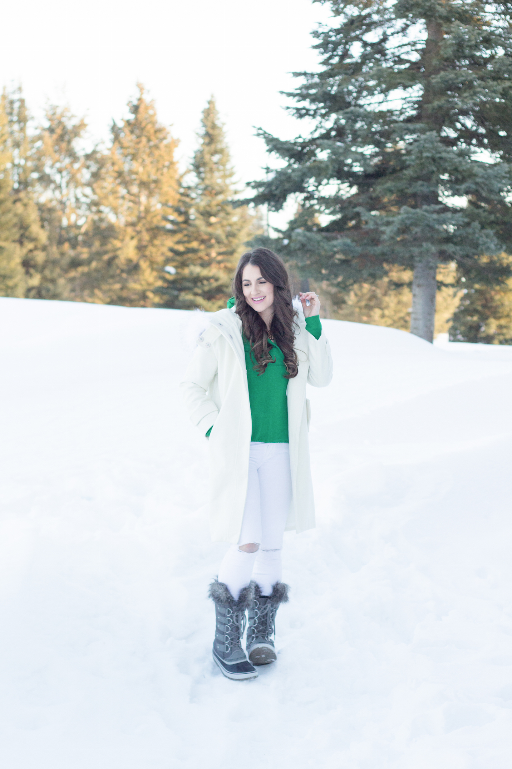 Dressing in green for Spring, sharing how to transition between Winter and Spring.