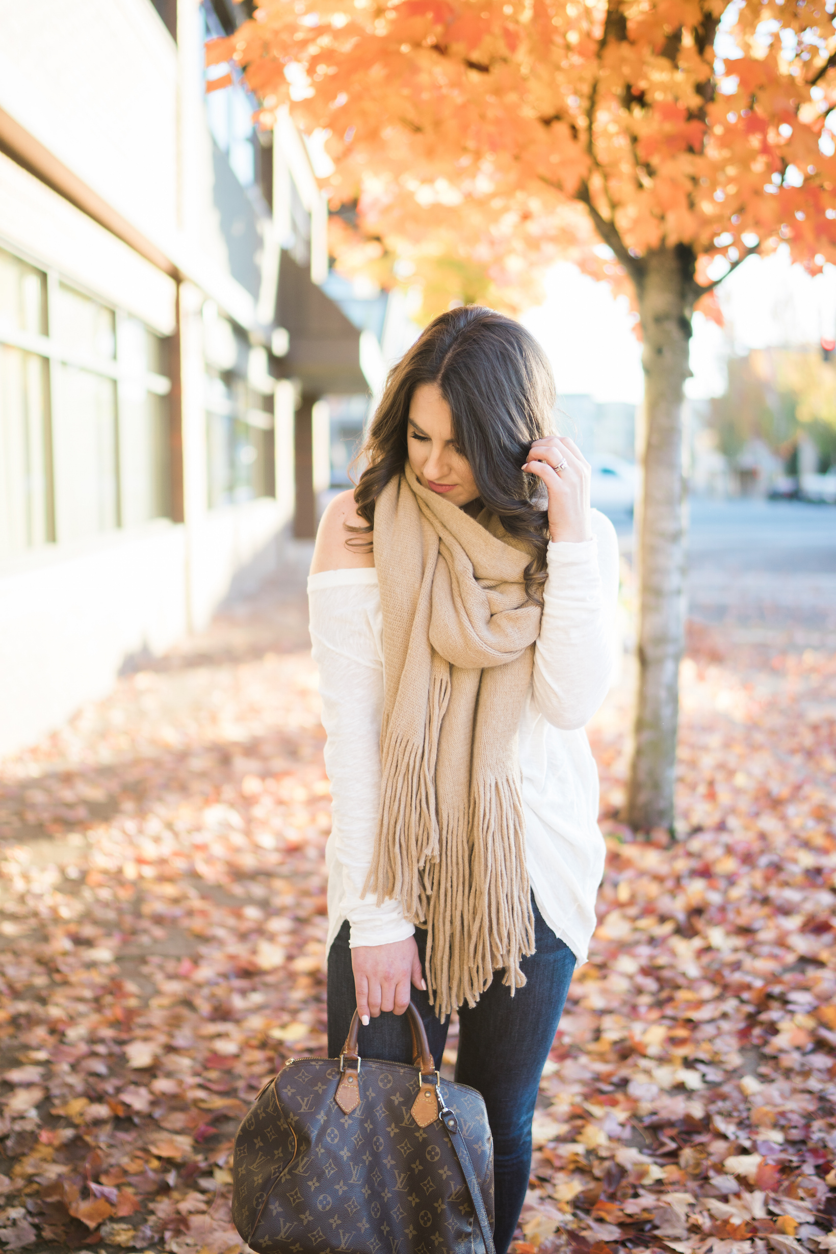 Free People Scarf Review by Portland fashion blogger Topknots and Pearls