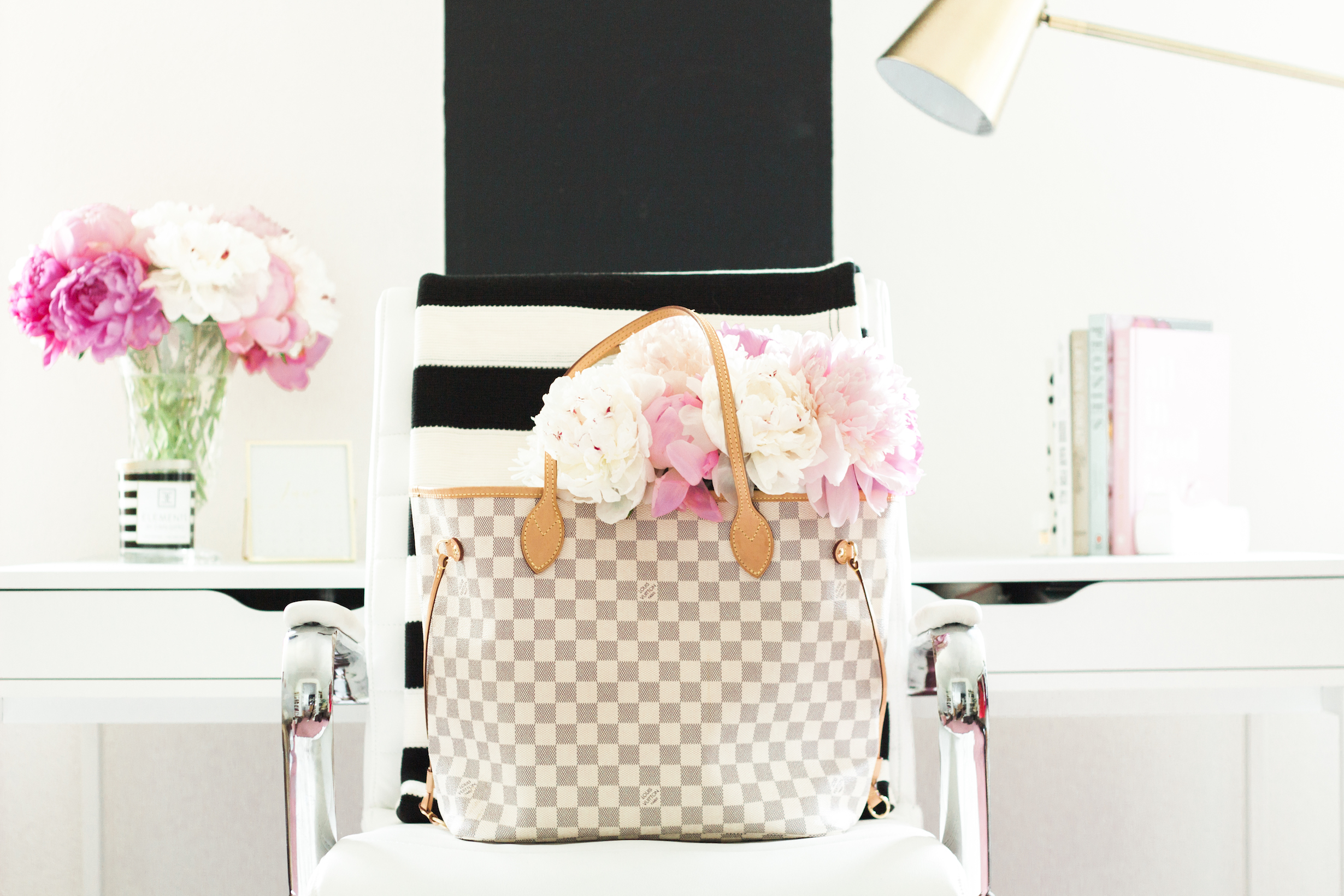 Louis Vuitton Neverfull Sizes Gm And Mm Topknots And Pearls