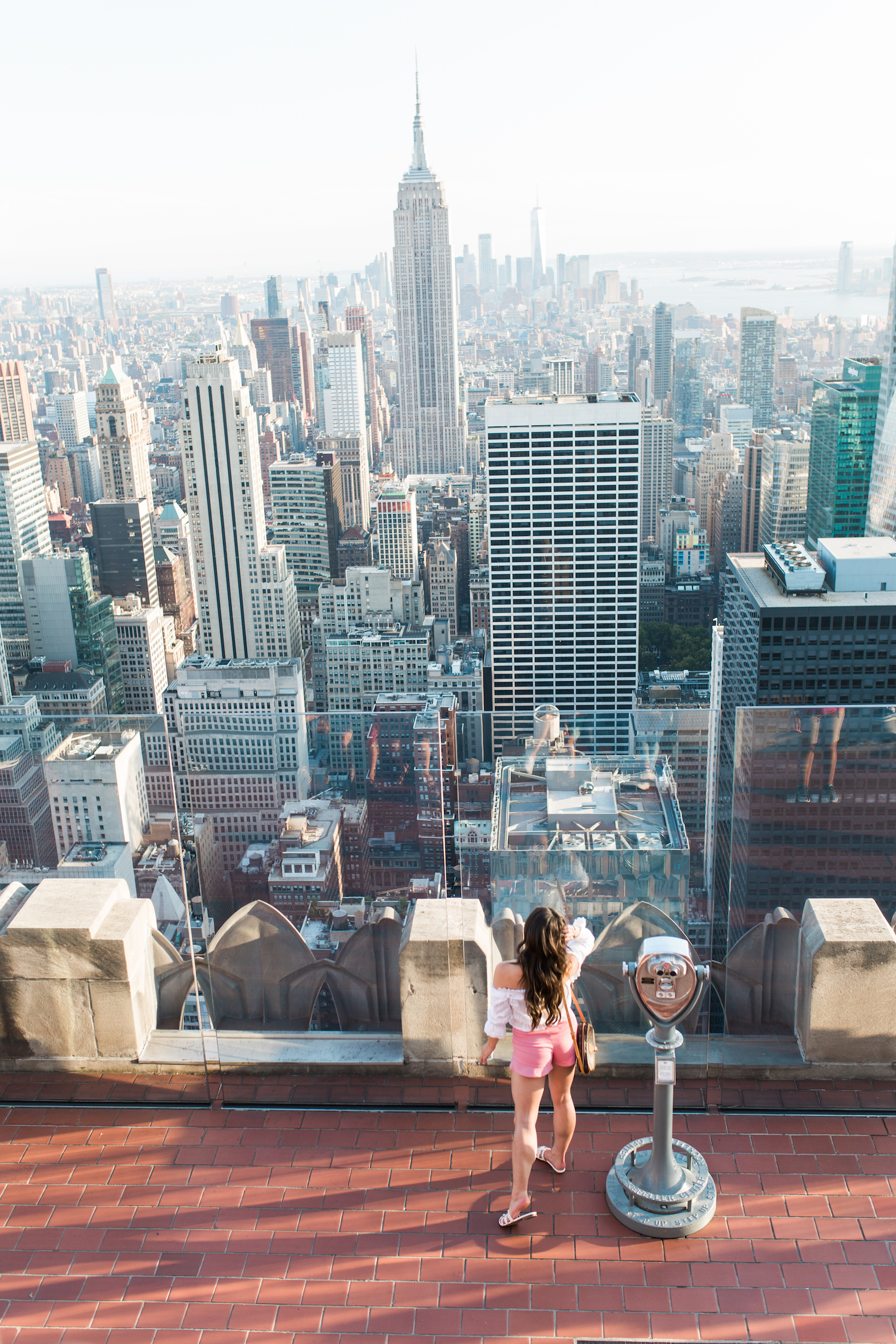 SAVE this post ASAP! If you're heading to NYC, you need these NYC travel tips from Portland Style Blogger Topknots and Pearls.