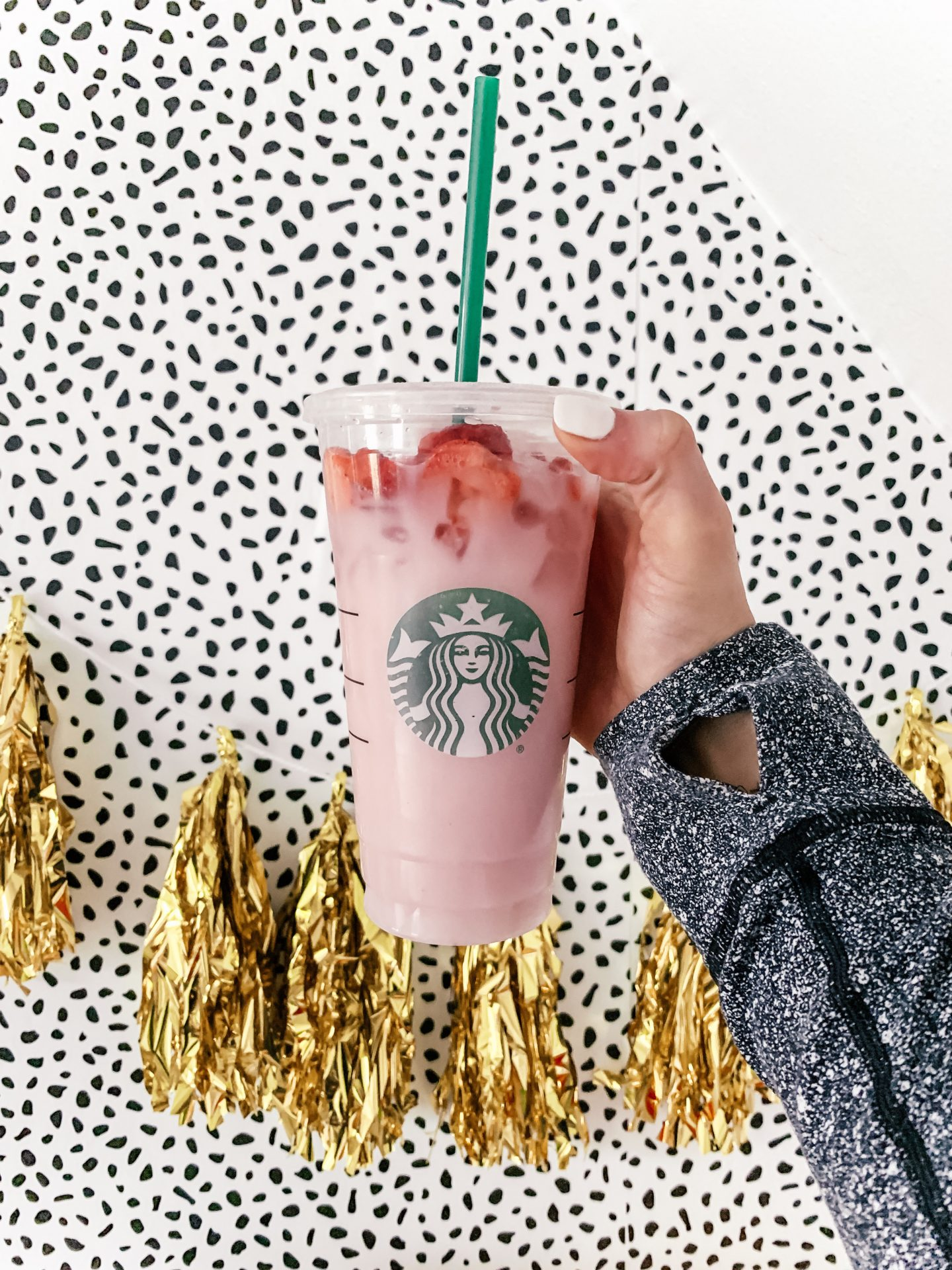 Diy Pink Drink Recipe Starbucks Topknots And Pearls
